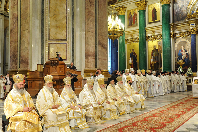 Грчки митрополит Серафим позвао Вартоломеја да не провоцира шизму и да се – покаје