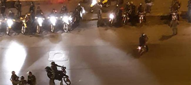 У Венецуели дошло до покушаја државног удара, али власт засад користи само сузавац 2