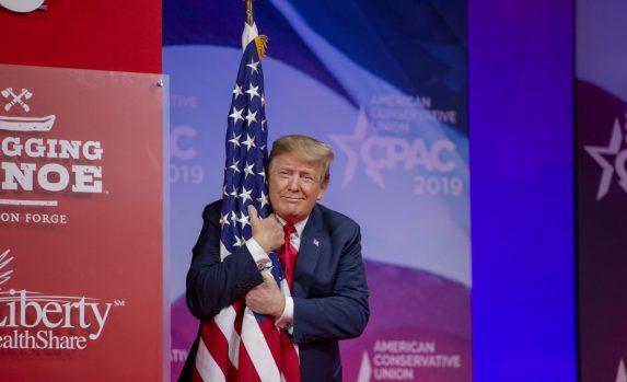 Трампове присталице објавиле да почињу борбу против – америчког социјализма 2