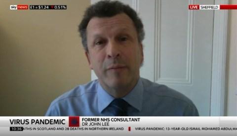 Британски патолог Џон Ли: Далеко смо од тога да знамо колико је Covid-19 заиста смртоносан