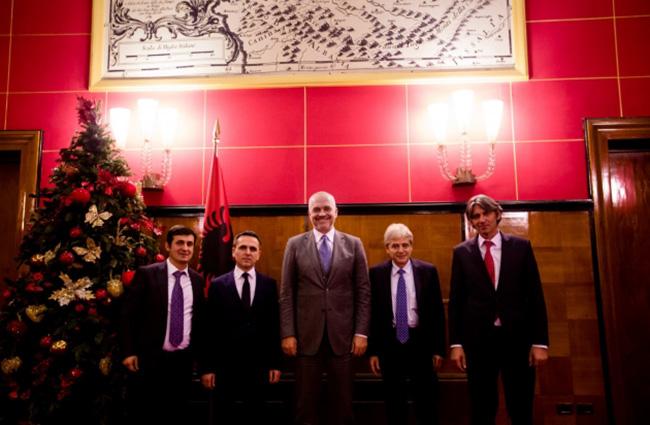 Вође шиптарских партија договориле са Рамом платформу за прекомпоновање Македоније