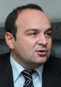 Власт ДС јавне финансије Србије довела до банкротства – шта радити? 3