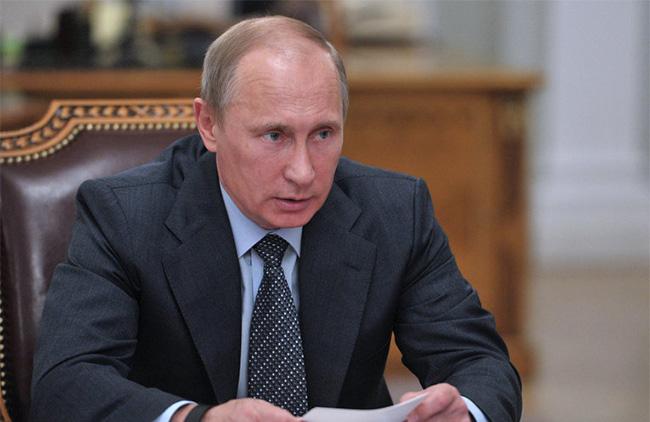 Rússia precisa fortalecer seu Exército para se defender dos que tentam subjulga-la – Vladimir Putin