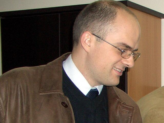 "Ево како у огледалу закона и европских конвенција изгледа Костићев ""лични став"" поводом КиМ"